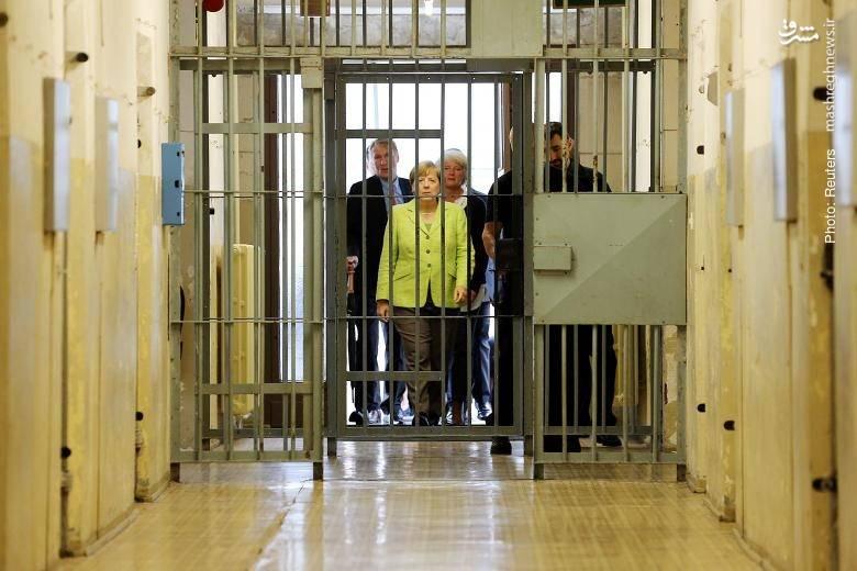 بازدید انتخاباتی مرکل از زندان پیشین اشتازی (وزارت امنیت آلمان شرقی)