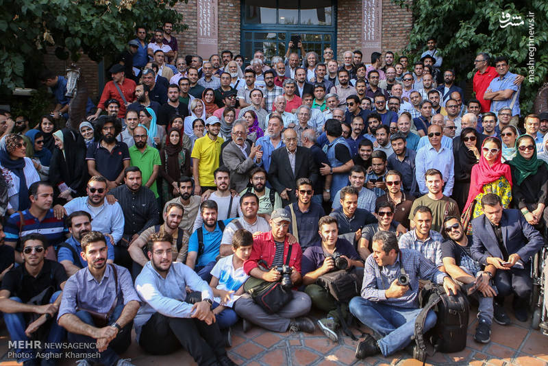 نخستین دوره اهدای نشان عکاس سال مطبوعاتی ایران
