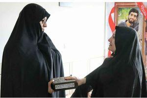 دیدار همسر شهید هسته ای با همسر شهید حججی