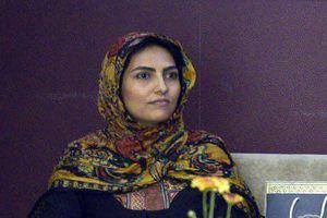 همسر مرحوم بهمن گلبارنژاد فعالیت خود را در رشته پارا تیراندازی آغاز کرد
