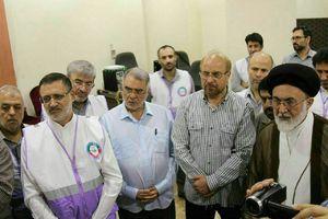 عکس/ بازدید رئیس سازمان حج و قالیباف از اتاق کنترل عملیات حمل و نقل در مکه