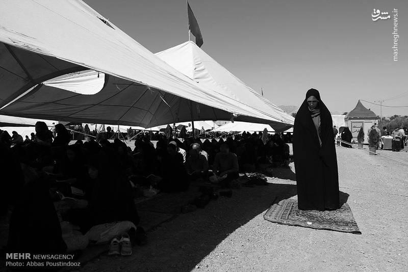 مراسم دعای عرفه در باغ رضوان اصفهان