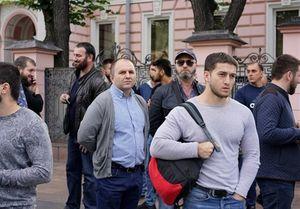 تجمع اعتراضی مسلمانان روسیه مقابل سفارت میانمار +عکس