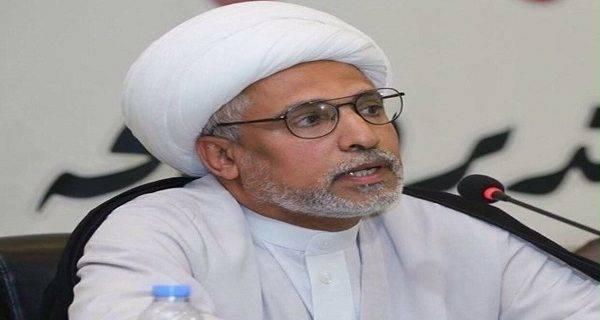 2041588 - روایتی از محدودیتهای آل سعود بخاطر علما/ روحانیونی که حق پوشیدن لباس روحانیت ندارند +عکس