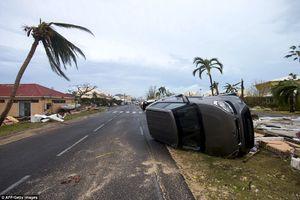 وحشت در فلوریدا در آستانه ورود طوفان «ایرما»/بیش از ۶ میلیون نفر خانههایشان را ترک میکنند