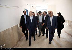 عکس/ بازدید صالحی از دبیرستان انرژی اتمی مشهد