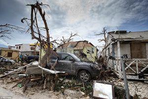 اولین تصاویر از خسارت طوفان مهیب «ایرما» در فلوریدا