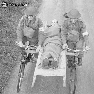 عکس/ شیوه انتقال مجروح در جنگ جهانی