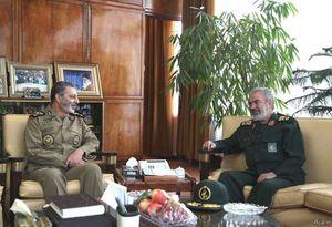 عکس/ دیدار فدوی با فرمانده کل ارتش