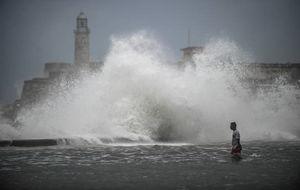 عکس/ دهها کشته بر اثر طوفان سهمگین ایرما در کوبا