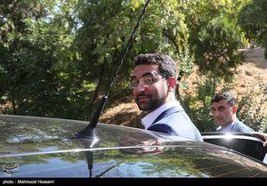 جهرمی پیگیر علت حذف اپلیکیشنهای فارسی گوگل