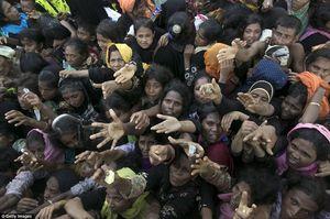 کمپ پناهجویان در مرز میانمار و بنگلادش