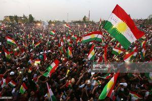 اهتزار پرچم رژیم صهیونیستی در همایش رفراندوم استقلال طلبان کردستان عراق