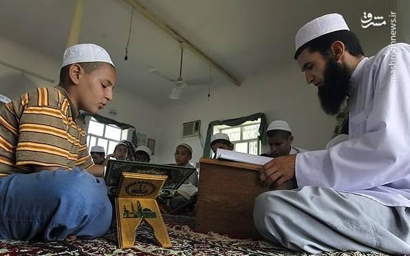 2055470 - اهل تسنن به چند بخش تقسیم میشوند/ علت مخالفت وهابیها با اهل سنت چیست؟