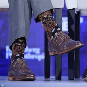 جورابهای حاشیهساز آقای رئیس جمهور!