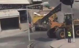 فیلم/ تخریب نمادهای محرم از سوی رژیم بحرین