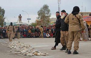 ۲۰۰ سرباز برهنه را قتل عام کردیم/قیمت کنیزها از ۱۲۰۰۰ دلار شروع میشد/ ماجرای سنگسار زن ۵۰ ساله/ دخترانی که عاشق داعشیها میشوند