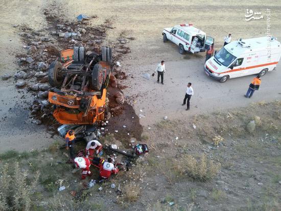 تصادف مرگبار یک اتوبوس با تریلی