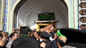 عکس/ شهید حججی به حرم رسید