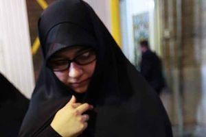 عکس/ هدیه رهبرانقلاب به همسر شهید حججی