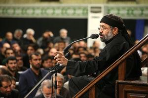 فیلم/ مداحی شب عاشورای کریمی در محضر رهبرانقلاب