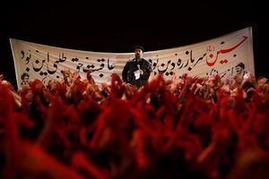 حاج محمود کریمی سینه زنی دودمه میرسد از عرش صدای خدا