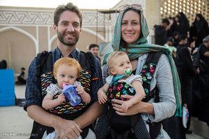 عکس/ حضور گردشگران خارجی در عاشورای حسینی