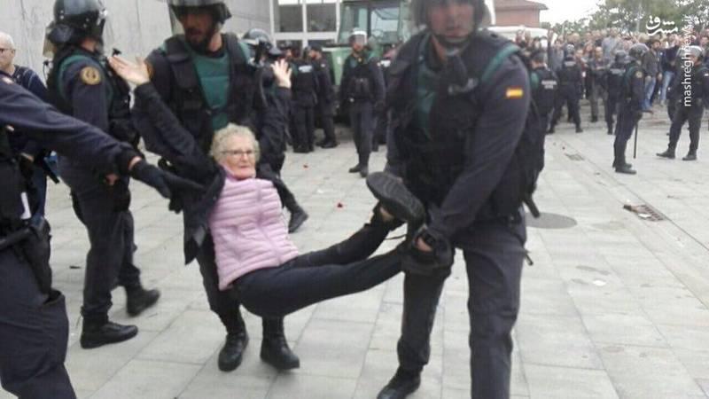 درگیری پلیس با تجزیه طلبان اسپانیا