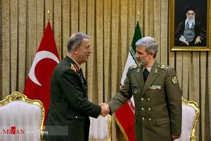 دیدار رئیس ستاد مشترک ارتش ترکیه با وزیر دفاع