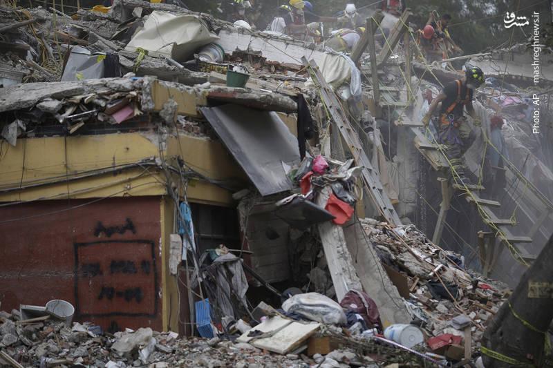 تداوم عملیات نجات پس از زلزله مهیب در مکزیکوسیتی