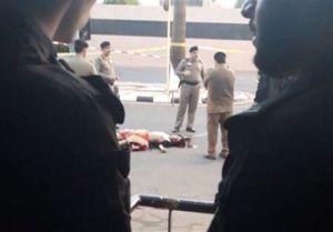 عکس/ اجساد دو مهاجم مسلح در ریاض