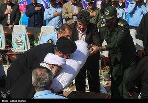 عکس/ تشییع پیکر ۲ شهید گمنام دفاع مقدس