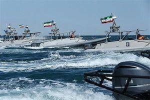 فیلم/ نمایش اقتدار نیروی دریایی سپاه در خلیج فارس