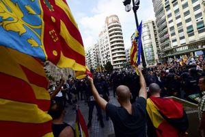 درگیری میان طرفداران و مخالفان جدایی کاتالونیا