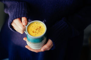 9 خاصیت شگفت انگیز چای زردچوبه