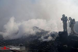 آتشسوزی گسترده در انبار ۲ هزار متری کالا