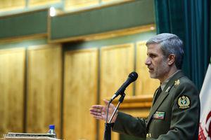 امیرحاتمی:انقلاب اسلامی دشمنان را بهت زده کرد