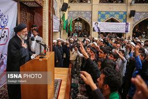 اجتماع طلاب حوزه علمیه خراسان در اعتراض به اقدامات رئیس جمهور آمریکا