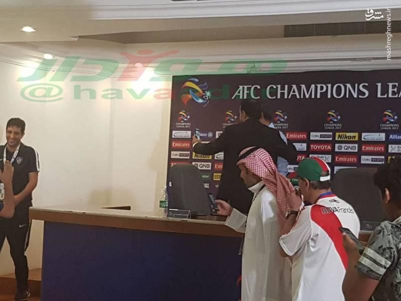 عکس/ ناظر AFC در آغوش سرمربی الهلال!