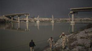 تخریب پلهای ارتباطی توسط نیروهای بارزانی +عکس