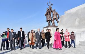 عکس/ گردش سفیر ایران در کره شمالی