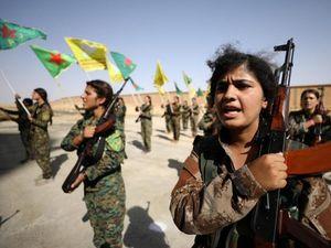 نخستین فیلم از شلیک موشکهای ضد زره کردهای سوریه