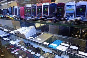 چرا موبایل با وجود کاهش نرخ ارز ارزان نشد؟