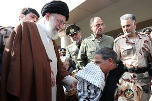 هدیه رهبرانقلاب به جانباز ارتش
