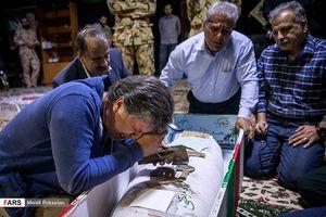 عکس/ وداع با پیکر شهید حسین امانتتاب