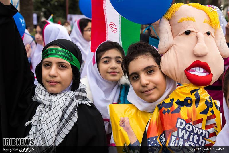 راهپیمایی روز 13 آبان در رشت