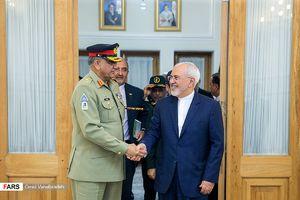 عکس/ دیدار فرمانده ارتش پاکستان با ظریف