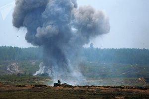 کشته شدن دو نظامی روسیه بر اثر انفجار در انبار مهمات