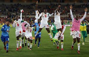 عکس/ شادی سنگالیها پس از صعود به جام جهانی 2018