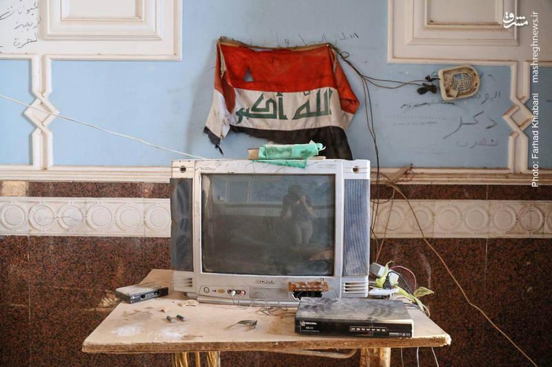 در برخی اتاق های این کاخ نیروهای عراقی مستقر هستند